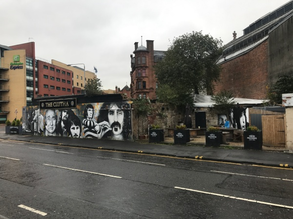 A Walk Through Glasgow Green Clutha