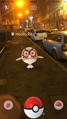 Pokémon Go Hunting At Night Capturing Hoothoot