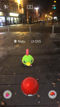 Pokémon Go Hunting At Night Capturing Natu 2