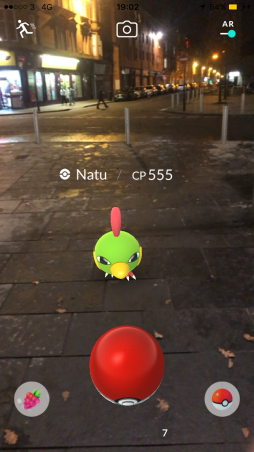 Pokémon Go Hunting At Night Capturing Natu 2