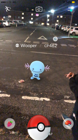 Pokémon Go Hunting At Night Capturing Wooper 2
